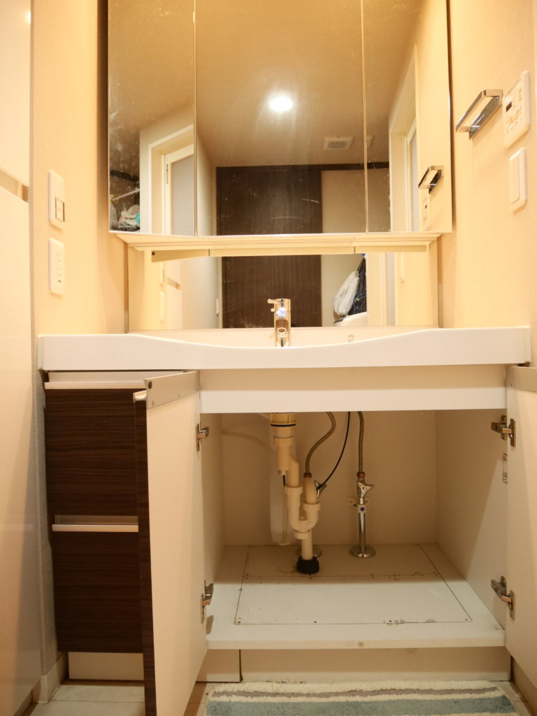 自分でパナソニック洗面化粧台のシャワーホース水漏れ補修