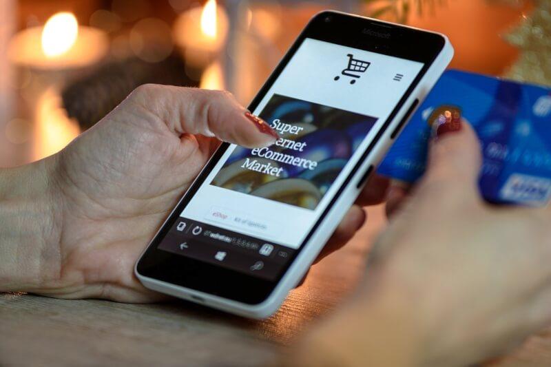 映画や買い物が便利に使えるAmazonプライムをおすすめする理由