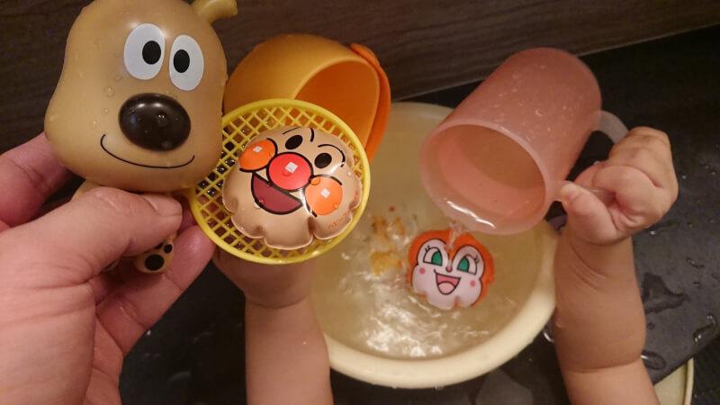 ベビーブック3月号♪娘とアンパンマンのふろくでボールすくい遊び♪