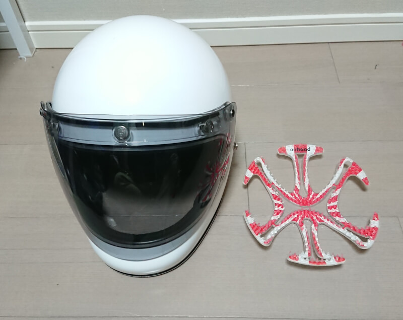 エアーヘッドでヘルメット着用時の髪型の崩れや髪がペタンコを解消