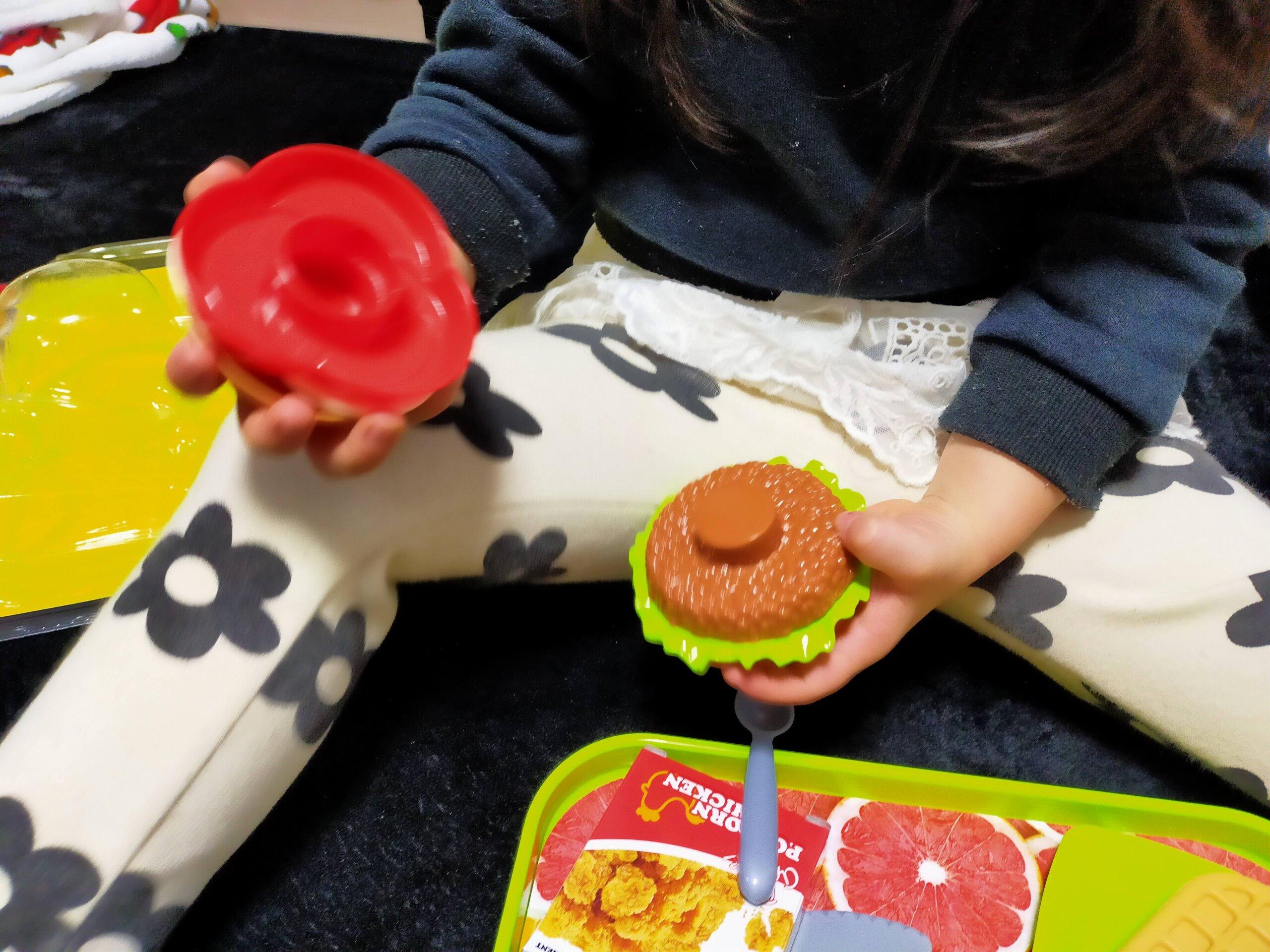 【ダイソー】500円のおままごとハンバーガーセットがおすすめ♪【THREEPPY(スリーピー)】